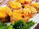 Рецепта Пълнени печурки с печени чушки и сирене Бри